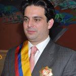 Crean Ministerio de la Juventud para poder darle puesto a Simón Gaviria