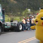 Camionado de pokémones no ha podido llegar a Bogotá por el paro