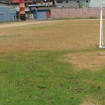 Futbolista cristiano pisa descalzo cancha colombiana y duda de Dios